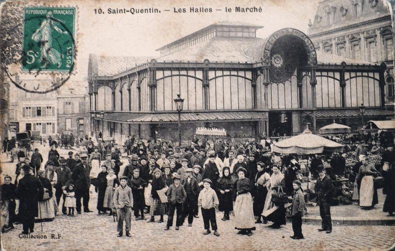 Saint-Quentin (Aisne) CPA la halle