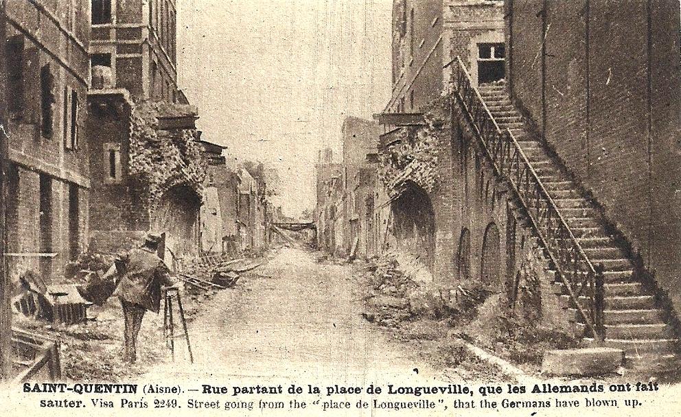 Saint-Quentin (Aisne) CPA 1914, la place de Longueville