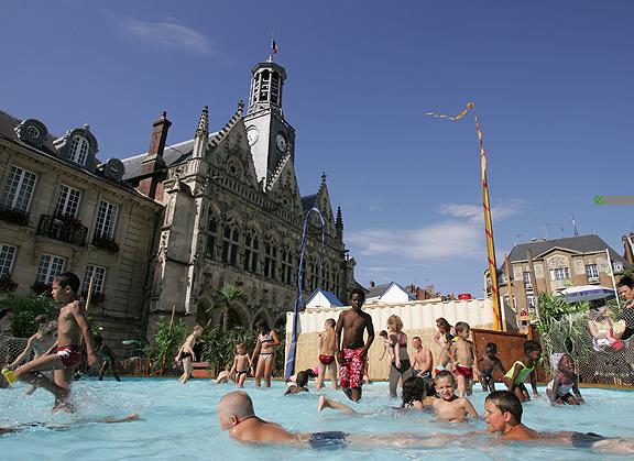 Saint-Quentin (Aisne) la plage de l'Hôtel de ville
