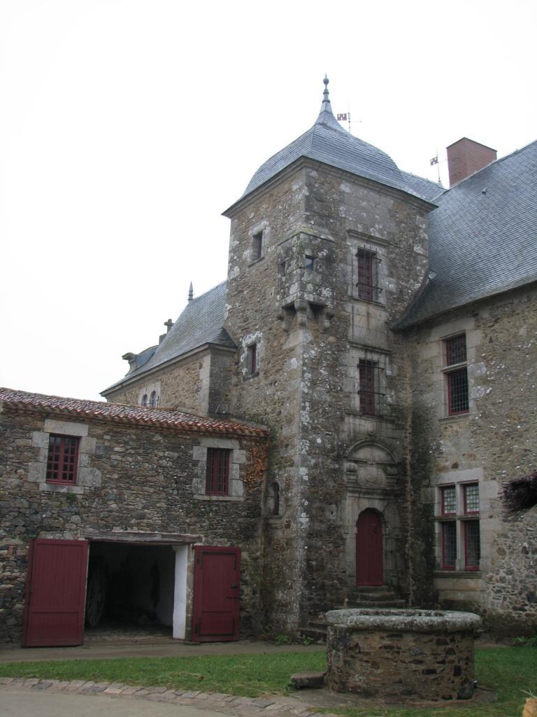 Saint-Sulpice-le-Verdon Logis de la Chabotterie (24)