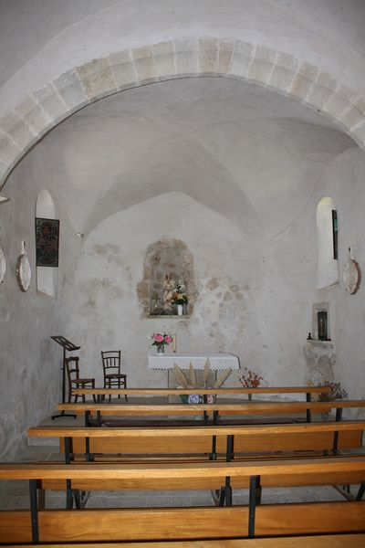 Sainte-Eulalie-de-Cernon (Aveyron) La chapelle Saint-Pierre d'Alzobre