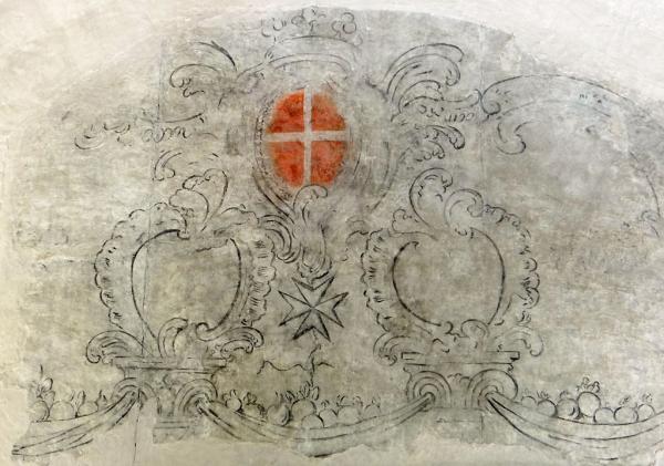 Sainte-Eulalie-de-Cernon (Aveyron) La Commanderie, blason Hospitaliers