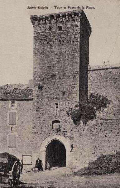 Sainte-Eulalie-de-Cernon (Aveyron) CPA La Commanderie