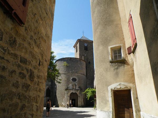 Sainte-Eulalie-de-Cernon (Aveyron) L'église Sainte-Eulalie