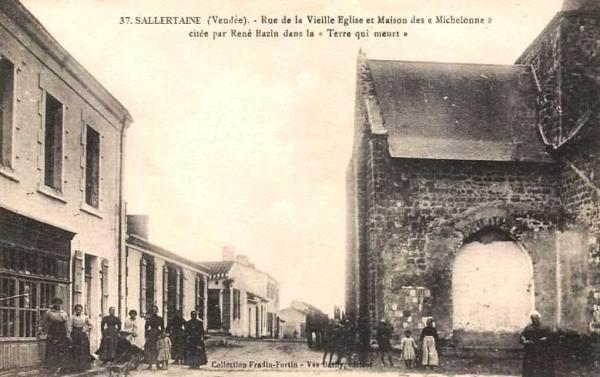 Sallertaine (Vendée) La rue de la vieille église CPA