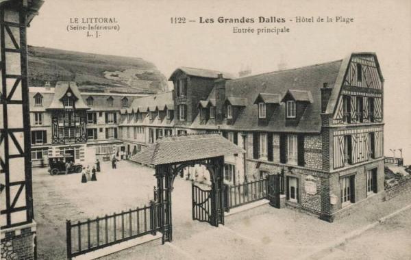 Les Grandes-Dalles, l' Hôtel de la Plage CPA