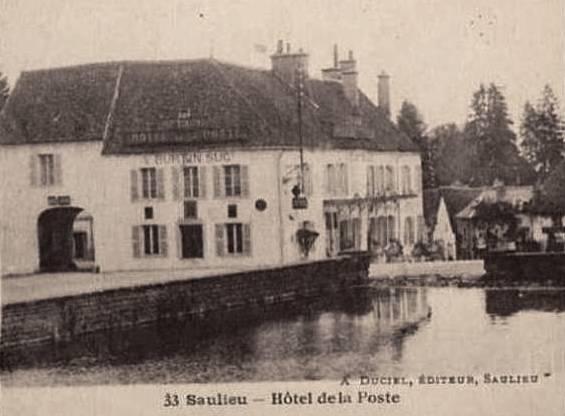 Saulieu (Côte d'Or) L'Hôtel de la Poste CPA