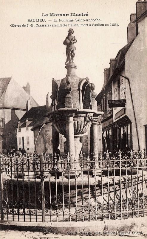 Saulieu (Côte d'Or) La fontaine Caristie CPA