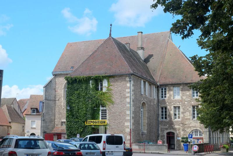 Saulieu (Côte d'Or) Le couvent des Ursulines