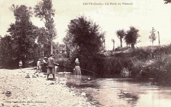 Sauve (Gard) CPA Le Vidourle en 1908