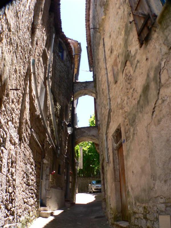 Sauve (Gard) La rue de l'Evéché
