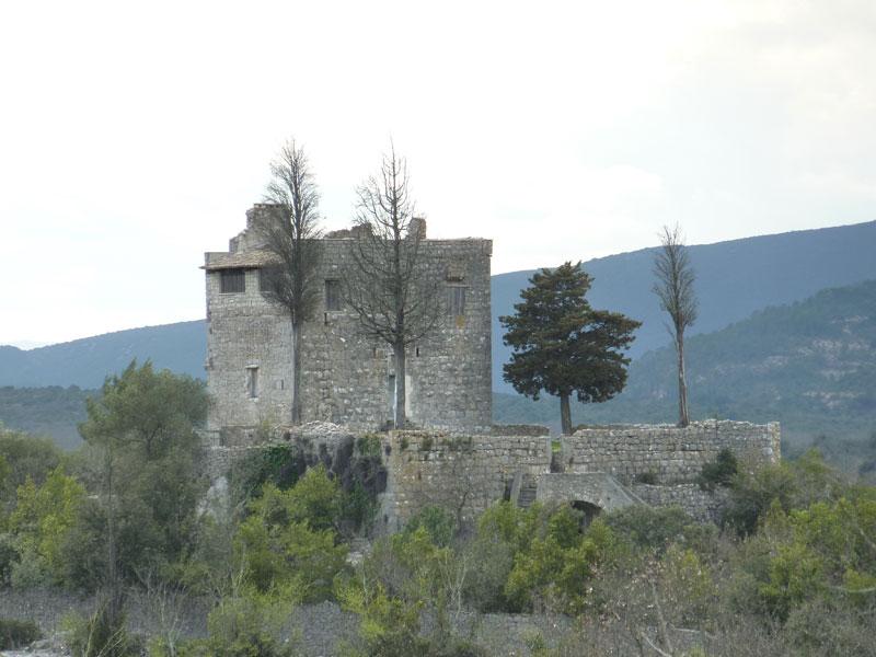 Sauve (Gard) Le château de Roquevaire