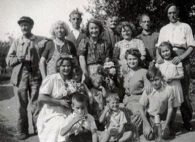 Augustine Isabelle Saillard, son époux, ses enfants et petits enfants
