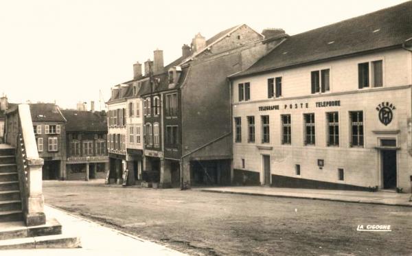 Stenay (Meuse) La Poste CPA