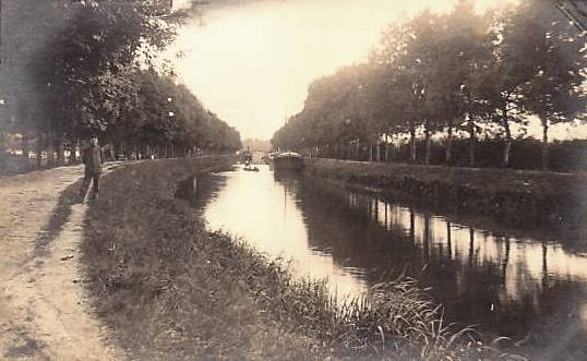 Stenay (Meuse) Le canal CPA