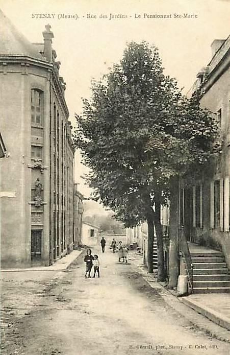 Stenay (Meuse) Le pensionnat Sainte Marie CPA