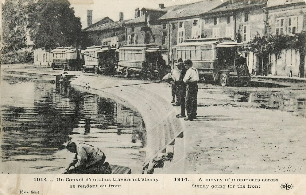 Stenay (Meuse) Pendant la guerre, autobus CPA