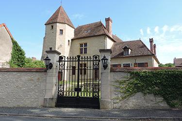 Ternant (Nièvre) Le château