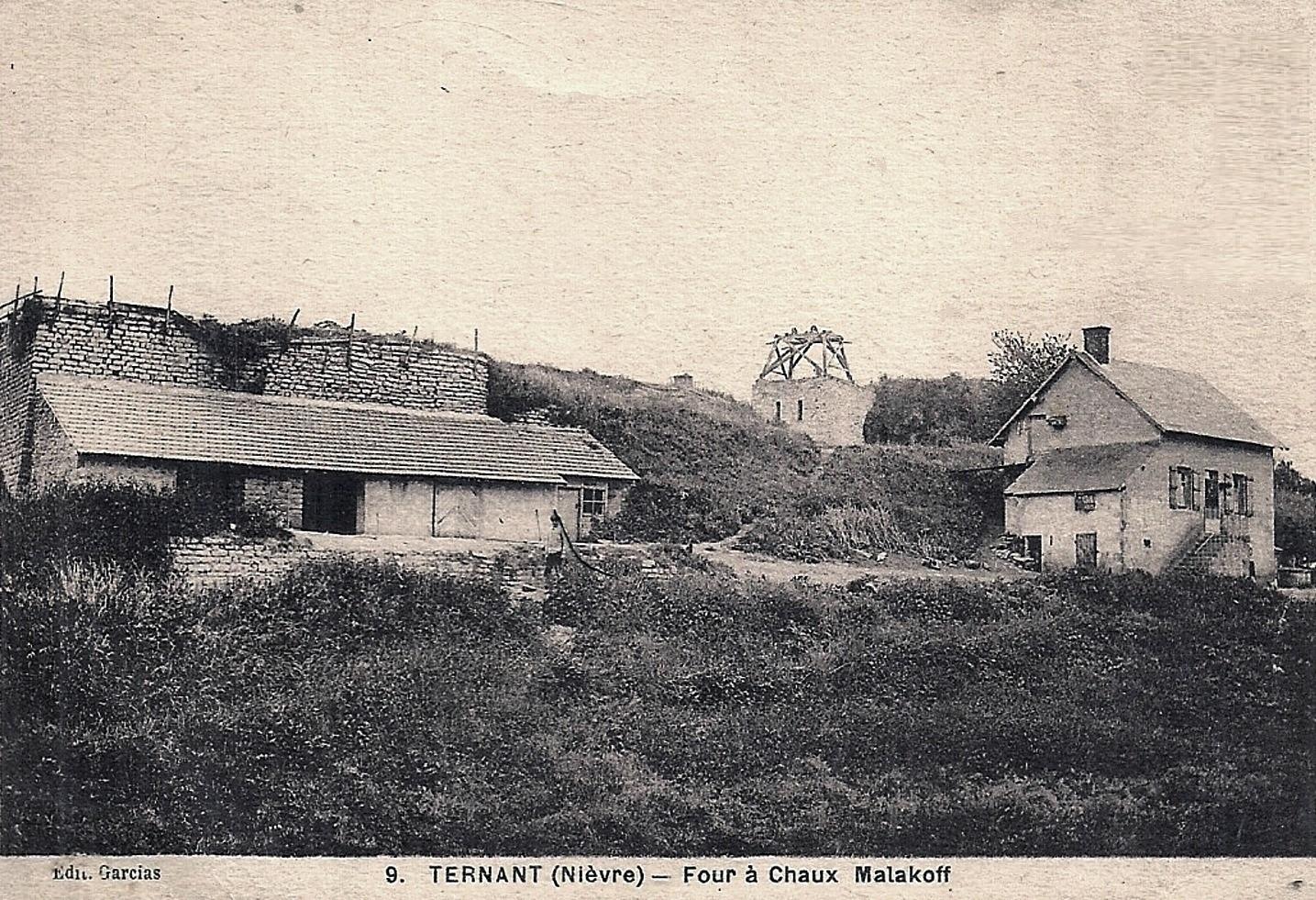 Ternant (Nièvre) Le four à chaux Malakoff CPA