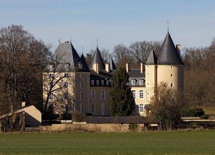Thaumiers (Cher) Le château de la forêt