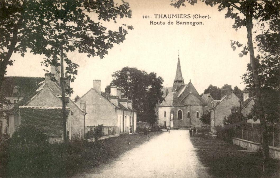 Thaumiers (Cher) L'église CPA