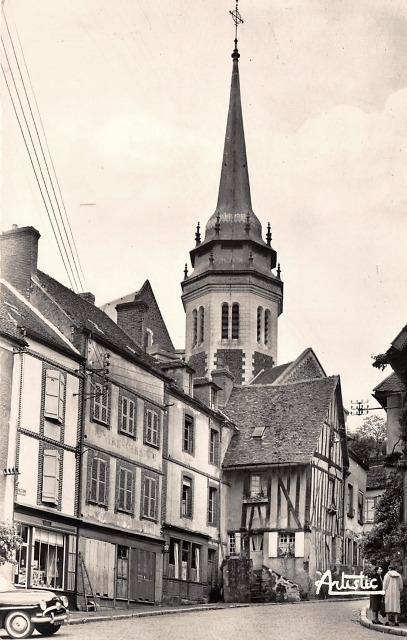 Toucy (89) L'église Saint-Pierre CPA