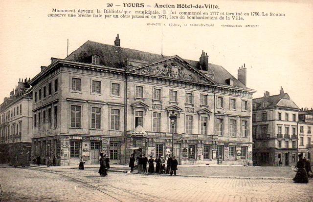 Tours (37) Ancien Hôtel de Ville CPA