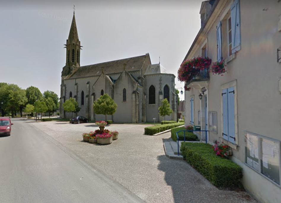 Vasselay (Cher) L'église