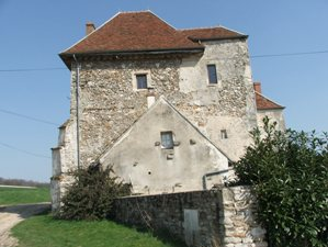 Vendières (Aisne) Ferme de Coubertin