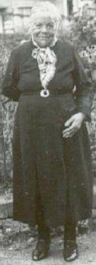 Vieillard Célestine Apolline Blanche (1863/1944), épouse Michel Guth,  en 1925