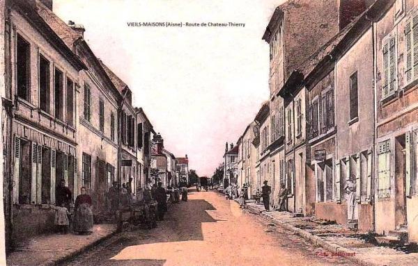 Vieils-Maisons (Aisne) CPA route de Château-Thierry