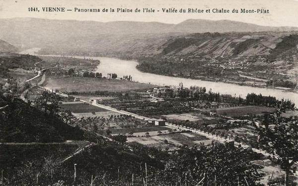 Vienne (Isère) Le Mont Pilat CPA