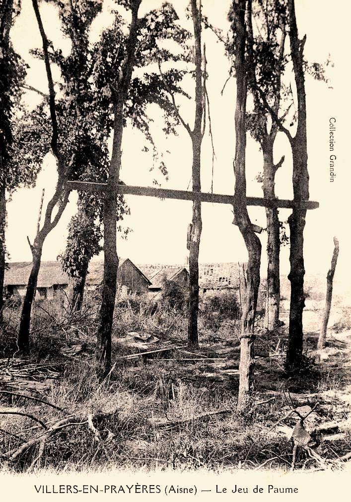 Villers-en-Prayères (Aisne) CPA le jeu de paume 1914-1918