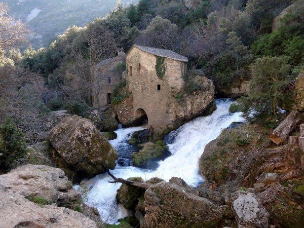 Vissec (Gard) La résurgence