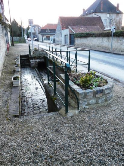 Vorges (Aisne) Le lavoir