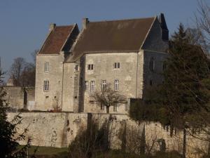 Crepy en valois oise le chateau des seigneurs de crepy