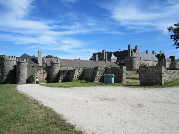 Flamanville manche le chateau