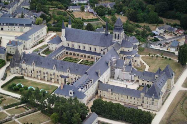 Fontevraud maine et loire l abbaye
