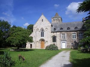La lucerne d outremer manche l abbaye tres sainte trinite