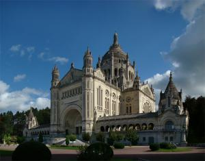 Lisieux calvados la cathedrale sainte therese