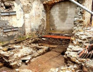 Lodeve herault la rue fleury fouilles archeologiques