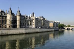 Paris paris le palais de la cite