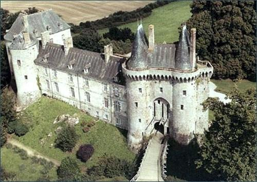 Saint brieuc des iffs ille et vilaine le chateau de montmuran