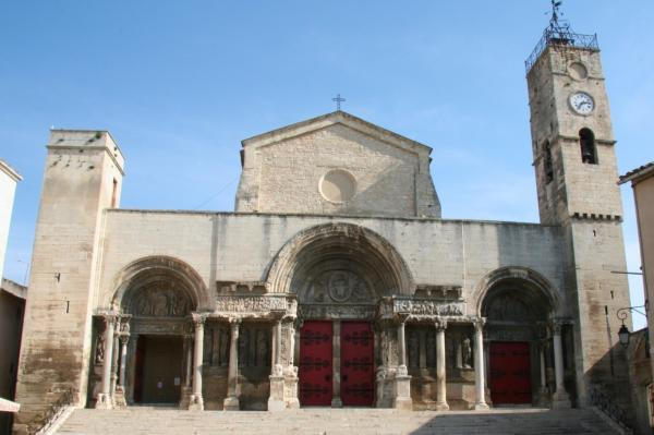 Saint gilles gard l abbatiale saint gilles