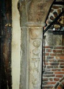 Saint martin aux buneaux seine maritime cheminee sculptee 1