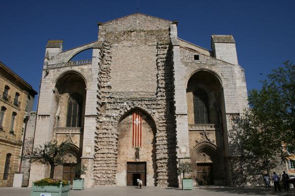 Saint maximin la sainte baume var la basilique royale