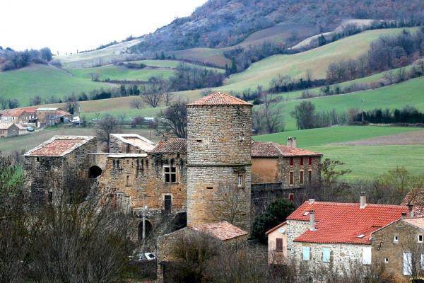 Saint rome de cernon aveyron le chateau de melac