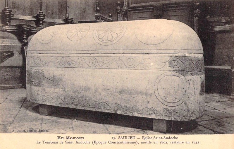 Le tombeau de saint andoche cpa