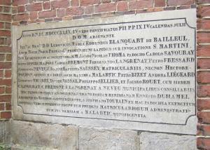 Totes seine maritime eglise plaque en latin