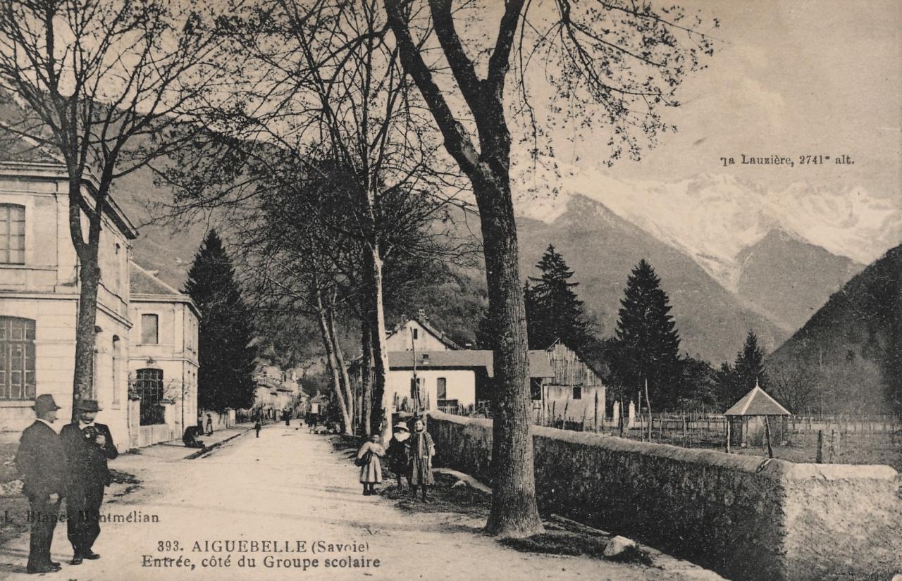 Aiguebelle (Savoie) CPA